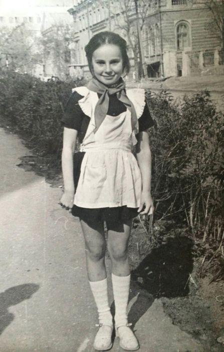Ирина Апексимова в детстве. / Фото: www.belhak.ru