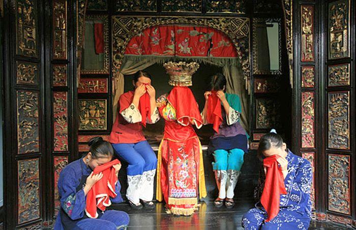 Ритуал слёз. / Фото: www.yandex.net