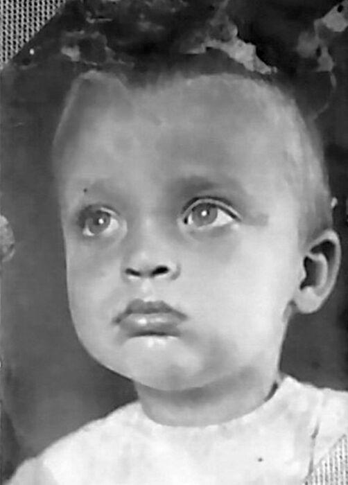 Владислав Дворжецкий в детстве. / Фото: www.litobozrenie.com