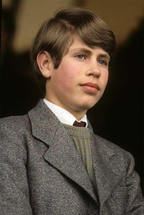 Принц Эдвард в детстве. / Фото: www.hellomagazine.com