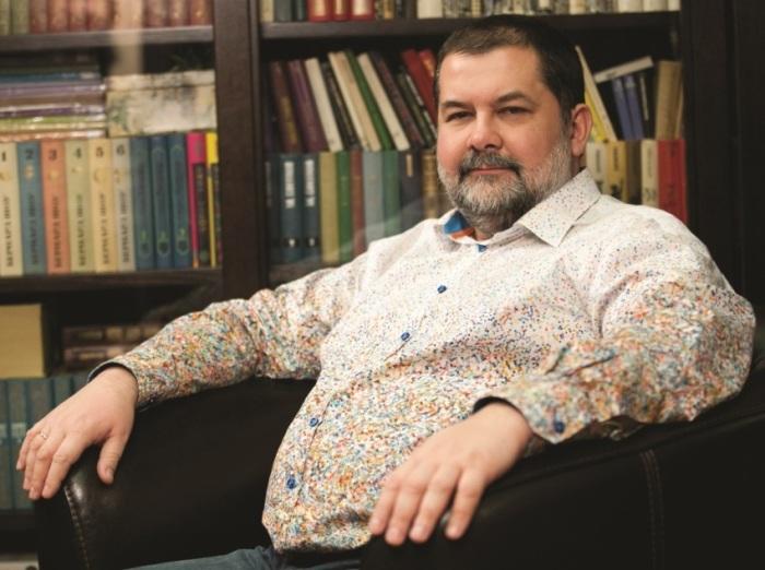 Сергей Лукьяненко. / Фото: www.ast.ru