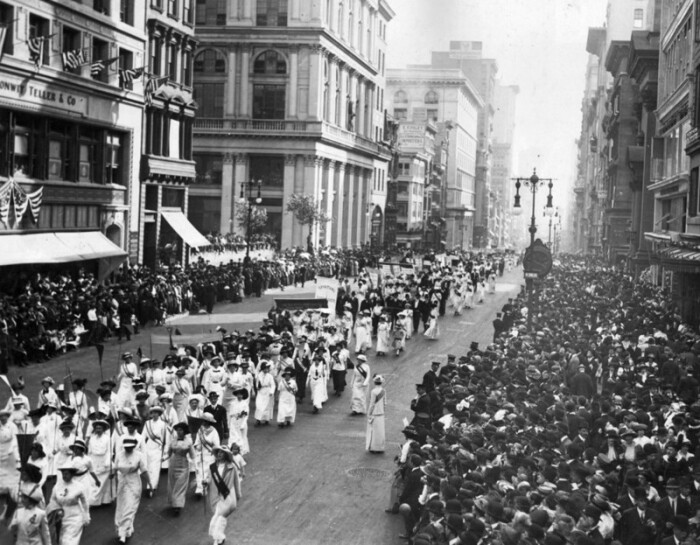 Американские суфражистки в Нью-Йорке, 1912 год. / Фото: www.nevsedoma.org.ua