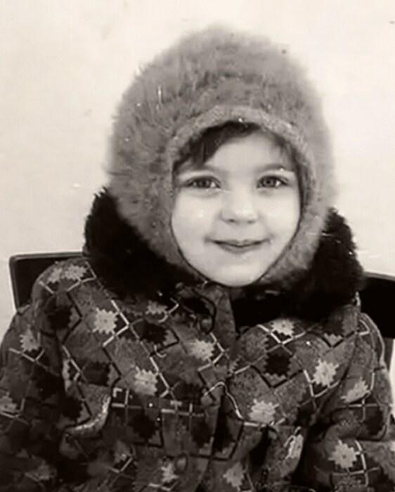 Ирина Пегова в детстве. / Фото: www.biographe.ru