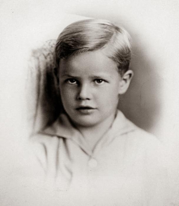 Марлон Брандо в детстве. / Фото: www.diletant.media