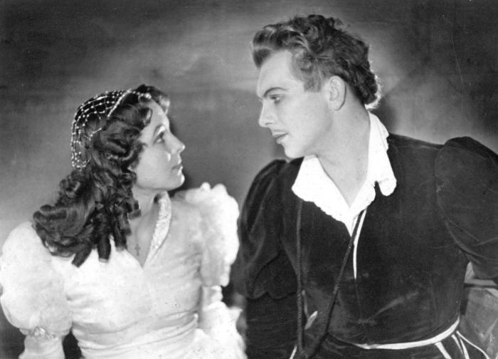 Эдуард Павулс и Вия Артмане в постановке «Ромео и Джульетта». / Фото: www.kinoraksti.lv