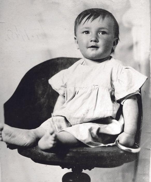 Борис Клюев в детстве. / Фото: www.meetace.com
