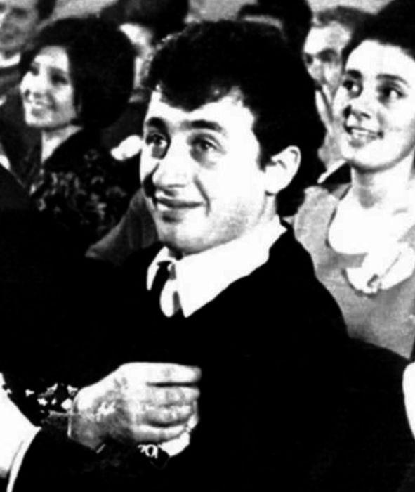 Леонид Якубович в молодости. / Фото: www.yumorov.ru