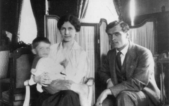Борис Бриннер с первой женой Марией Дмитриевной и племянником Кириллом. / Фото: www.bryners.ru