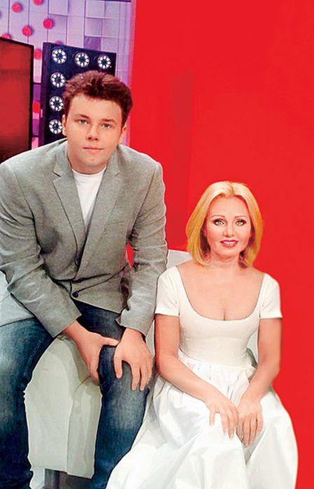 Ирина Климова с сыном. / Фото: www.wday.ru