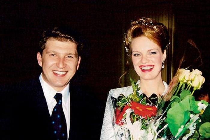 Ольга Копосова и Владлен Горелик в день свадьбы. / Фото: www.nastroy.net