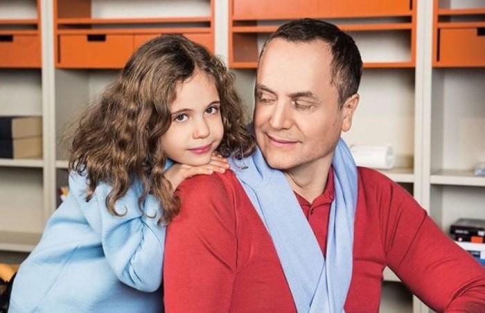 Андрей Соколов с дочерью. / Фото: www.alabanza.ru