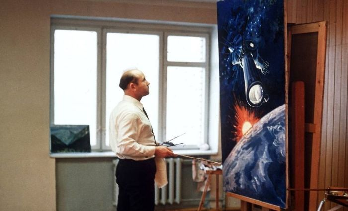 Алексей Леонов с детства хорошо рисовал. / Фото: www.myseldon.com