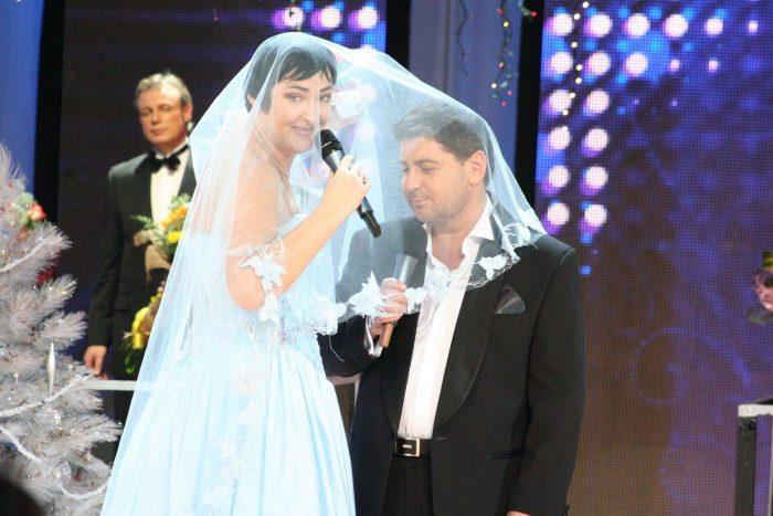 Лолита Милявская и Александр Цекало. / Фото: www.angelhome.info