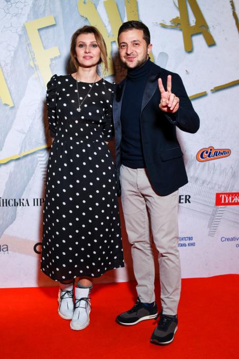 Владимир и Елена Зеленские с дочерью. / Фото: www.popkorn.com.ua