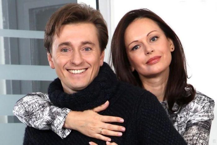 Ирина и Сергей Безруковы. / Фото: www.yandex.net