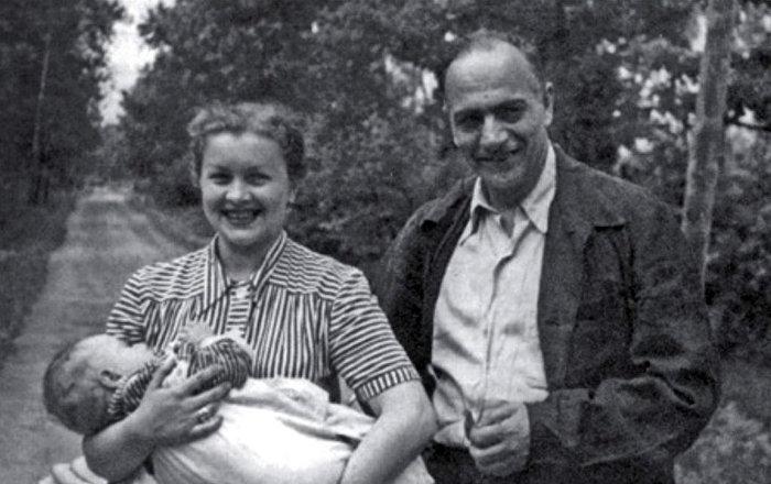 Каро Алабян и Людмила Целиковская с сыном. / Фото: www.armeniasputnik.am