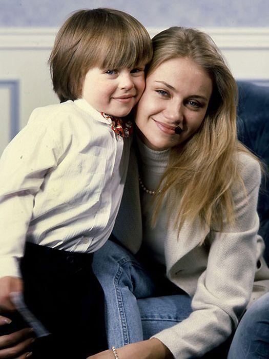 Мария Миронова с сыном Андреем. / Фото: www.tele.ru