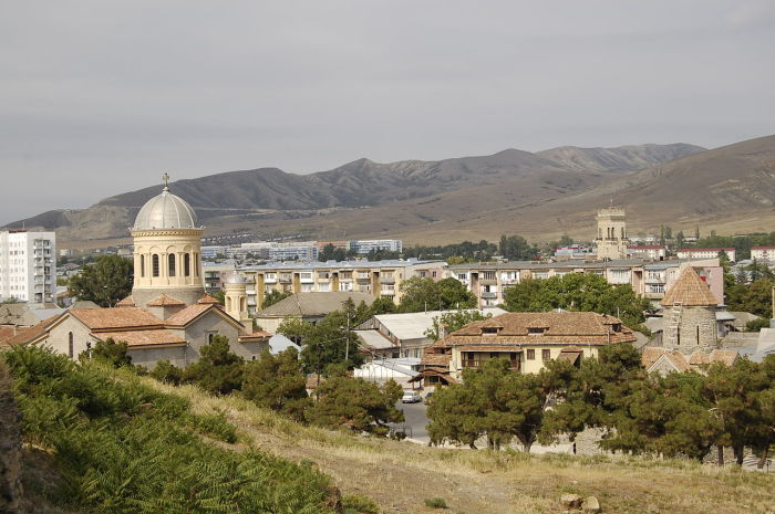 Так сейчас выглядит город Гори в Грузии. / Фото: www.wikipedia.org