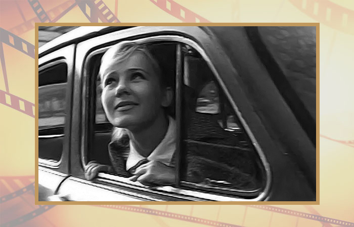Светлана Савёлова в фильме «Зелёный огонёк».
