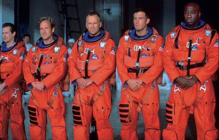 Кадр из фильма «Армагеддон». / Фото: www.kinopoisk.ru