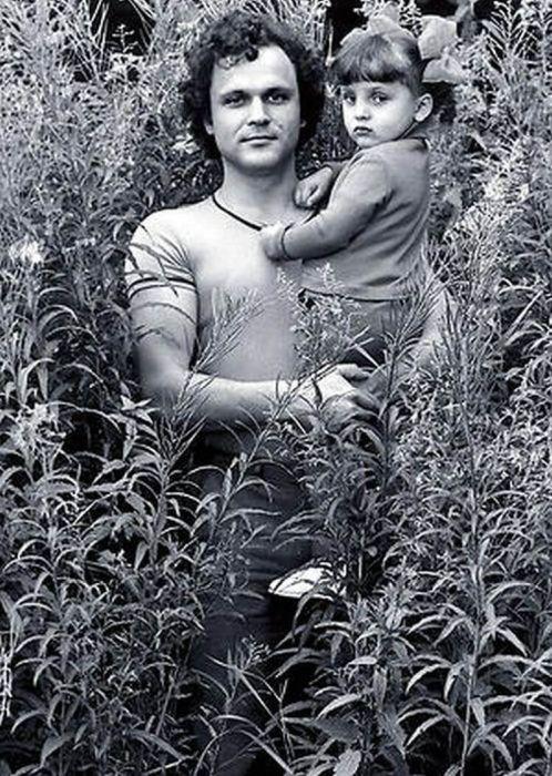 Николай Ерёменко с дочерью Ольгой. / Фото: www.oglavnom.su