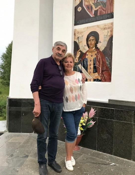 Юлия Монахова и Александр Панкратов-Чёрный. / Фото: www.russianshowbiz.info