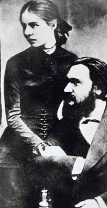 Илья Мечников и Ольга Белокопытова. / Фото: www.loveread.ec