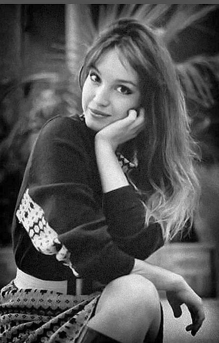 Анна Самохина в юности. / Фото: www.mtdata.ru
