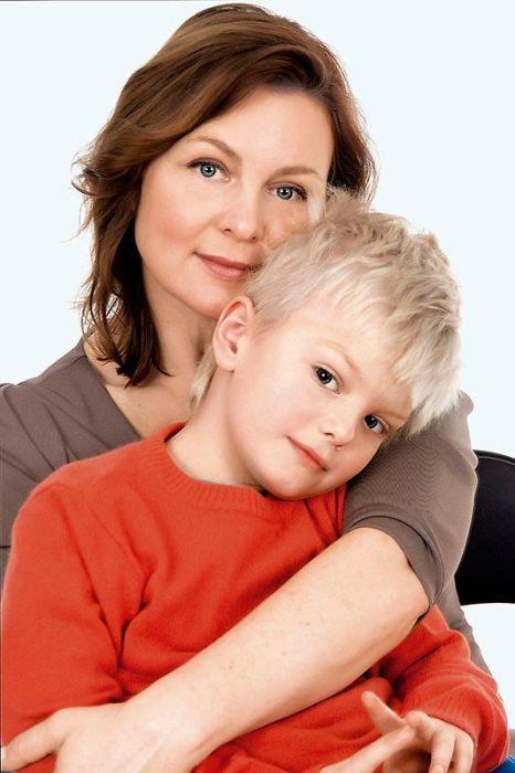 Лада Тикэб с сыном Александром. / Фото: www.7days.ru