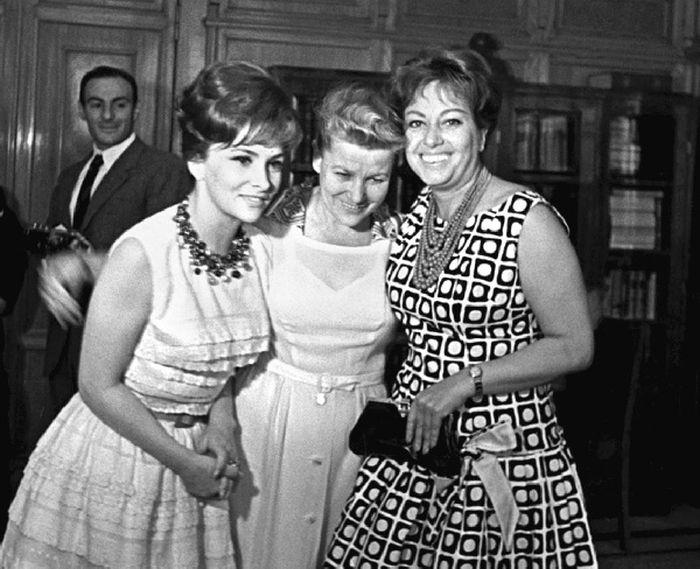 Джина Лоллобриджида, Екатерина Фурцева и Мариса Мерлини. / Фото: www.loveread.ec