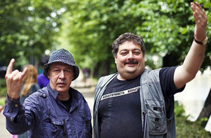 Дмитрий Быков и Михаил Ефремов. / Фото: www.forbes.ru
