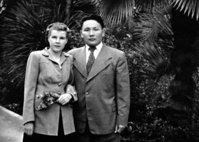 Анастасия Филатова и Юмжагийн Цэдэнбал. / Фото: www.alchetron.com