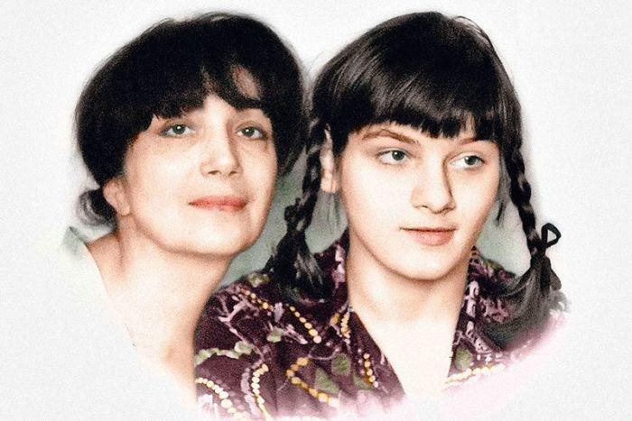 Гитана Леонтенко с дочерью. / Фото: www.kioskplus.ru