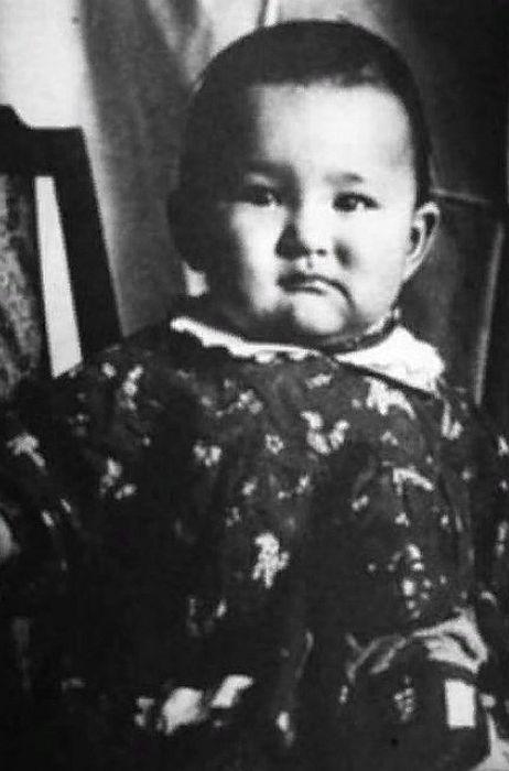 Ирина Хакамада в детстве. / Фото: www.24smi.org