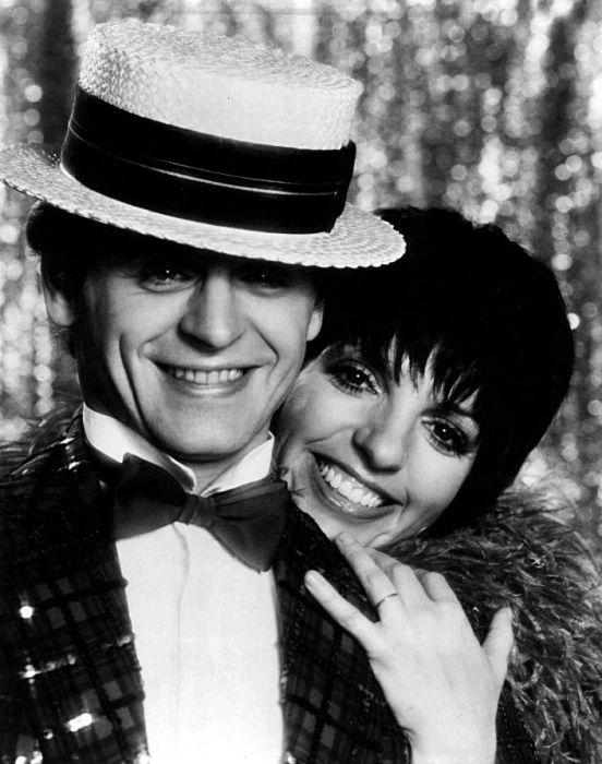 Михаил Барышников и Лайза Миннелли, кадр из шоу-программы «Барышников на Бродвее». / Фото: www.pinimg.com