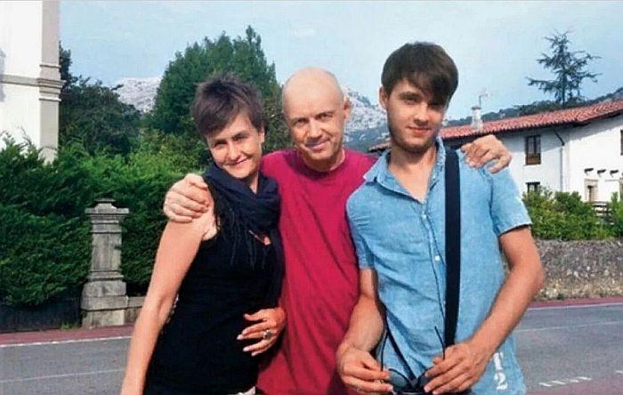 Альгис Арлаускас с дочерью и сыном. / Фото: www.yandex.net
