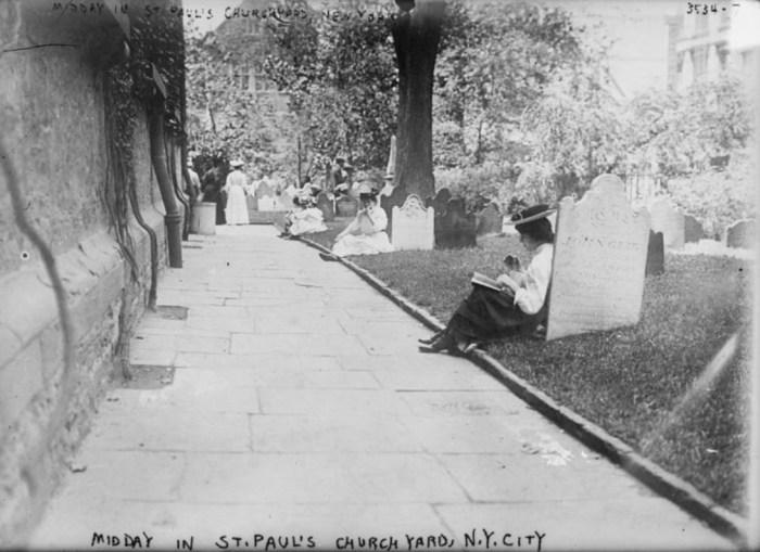 На кладбищах можно было перекусить и даже почитать книгу. / Фото: www.atlasobscura.com
