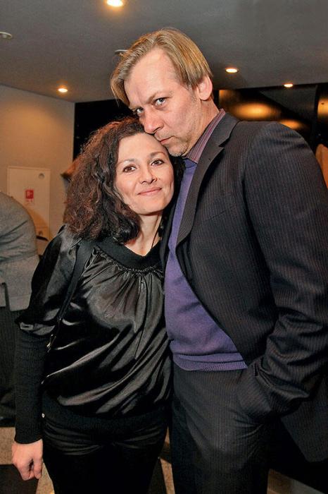 Виктор Раков с любимой Люсей. / Фото: www.7days.ru
