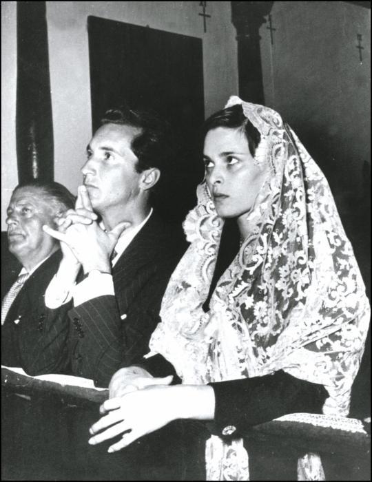 Лючия Бозе и Луис Мигель Домингин. / Фото: www.imgsmail.ru