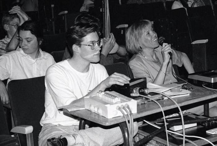 Брижит Озьер ставила спектакли в лицее, где учился Эммануэль Макрон. / Фото: www.anninhthudo.vn
