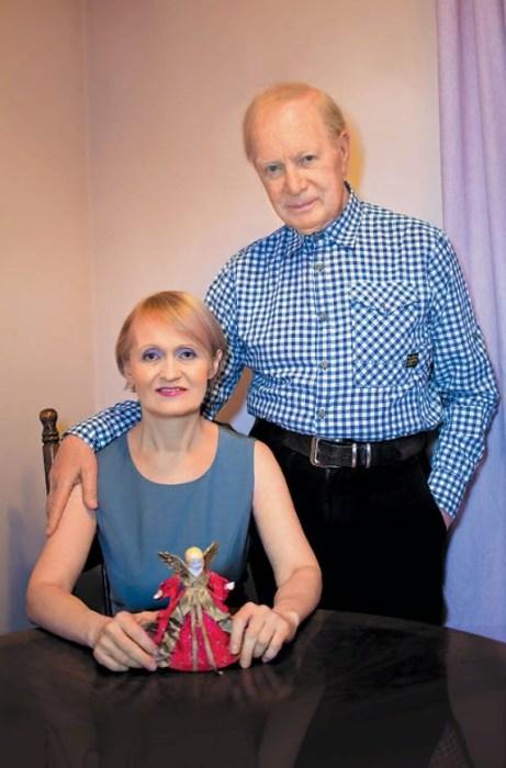 Альберт Филозов с женой. / Фото: www.vokrug.tv