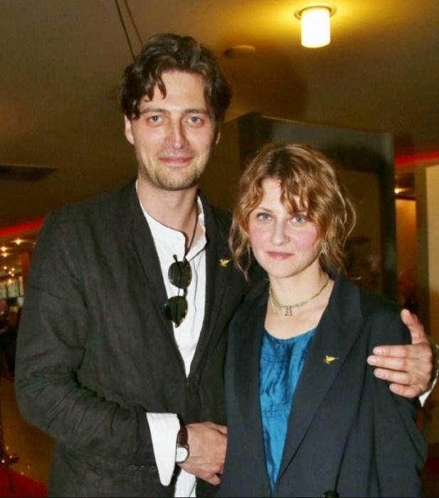 Иван Колесников и Лина Раманаускайте. / Фото: www.starhit.ru