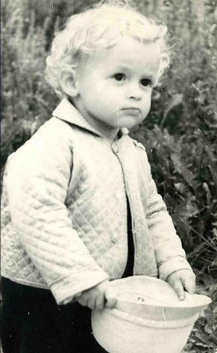 Александр Васильев в детстве. / Фото: www.gulevich.net