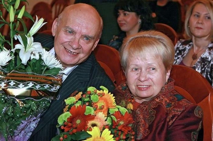 Александра Пахмутова и Николай Добронравов. / Фото: www.newsmir.info
