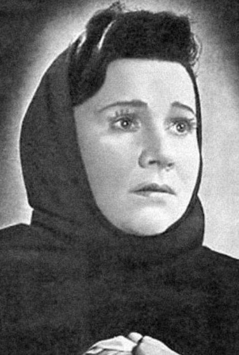 Нина Сазонова в молодости. / Фото: www.c-cafe.ru