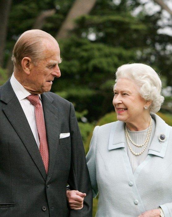 Елизавета II и принц Филипп. / Фото: www.fotocdn.net