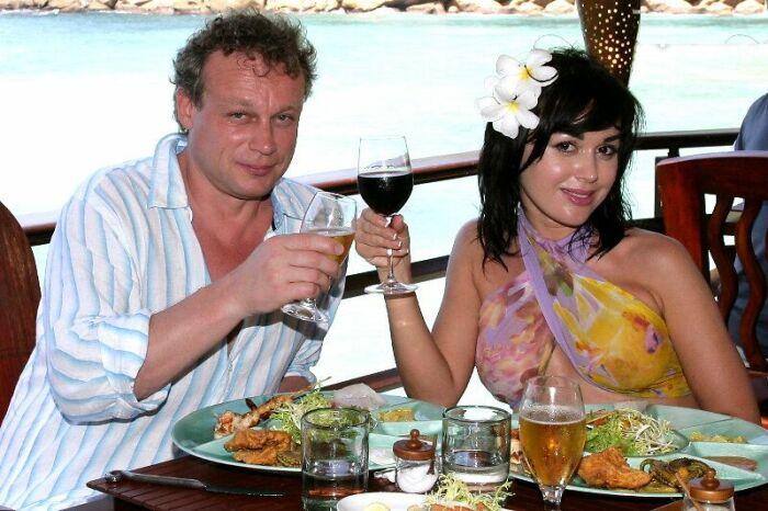 Сергей Жигунов и Анастасия Заворотнюк. / Фото: www.7days.ru