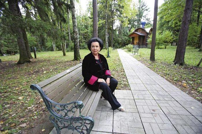 Галина Вишневская на даче в Жуковке. / Фото: www.itogi.ru