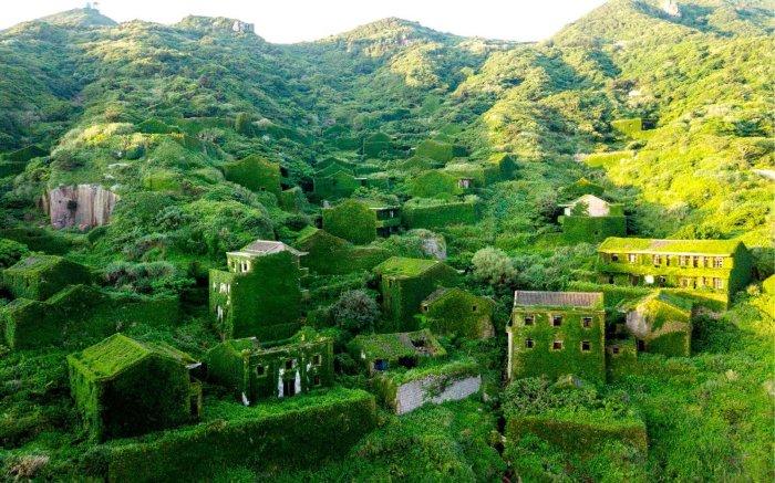 Рыбацкое поселение Houtouwan в Китае. / Фото: www.wise.travel