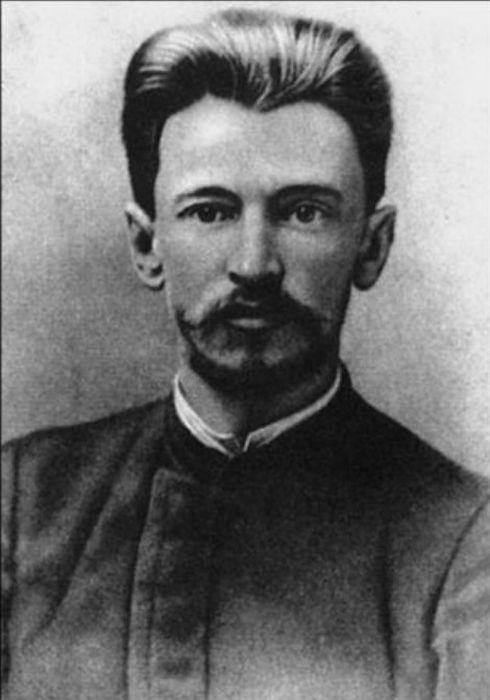 Николай Николаевич Тухачевский, отец маршала. / Фото: www.dom-knig.com